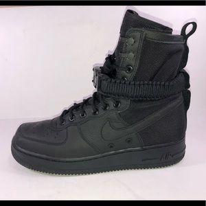 Nike Special Field SF Air Force 1 Black Sneaker
